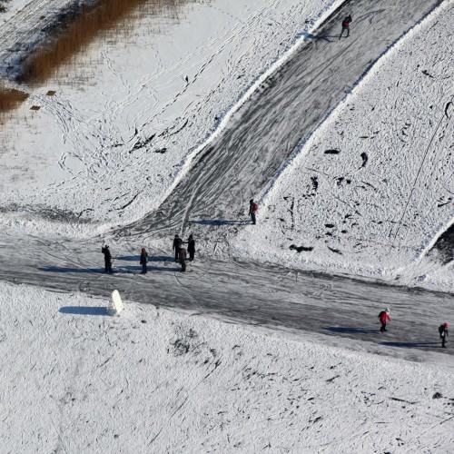 Luchtfoto Ankeveense plassen, schaatstoertocht