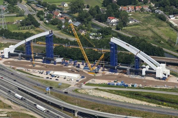 Spoorbrug A1, fase 1